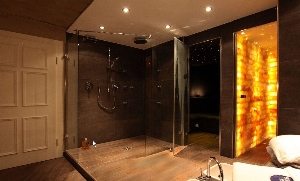 Luxury wet rooms concept design for Wet floor bathroom designs