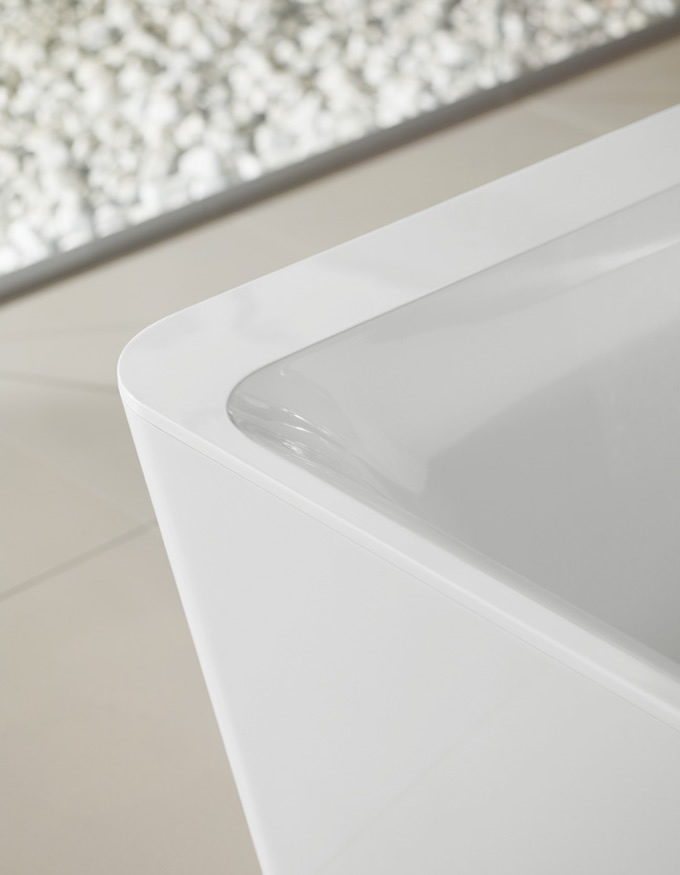 Villeroy & Boch's Beautiful Squaro Edge 12 Bath
