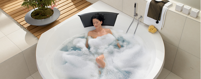 Wellness Whirlpool Baths