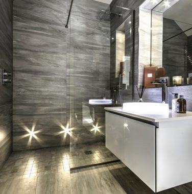 Penthouse en-suite bathroom
