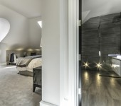 penthouse-en-suite-3-split