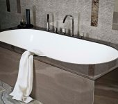 Glass Décor Finishes for Baths and Feature Walls